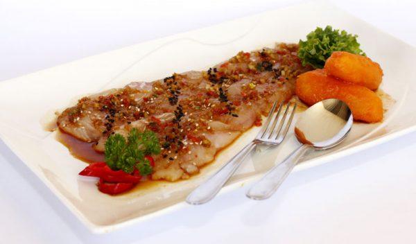 Tiraditos Peruvian dish