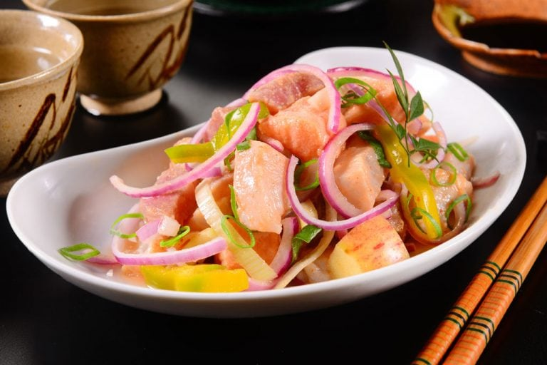 Is ceviche healthy? - salmon ceviche and healthy vegetables