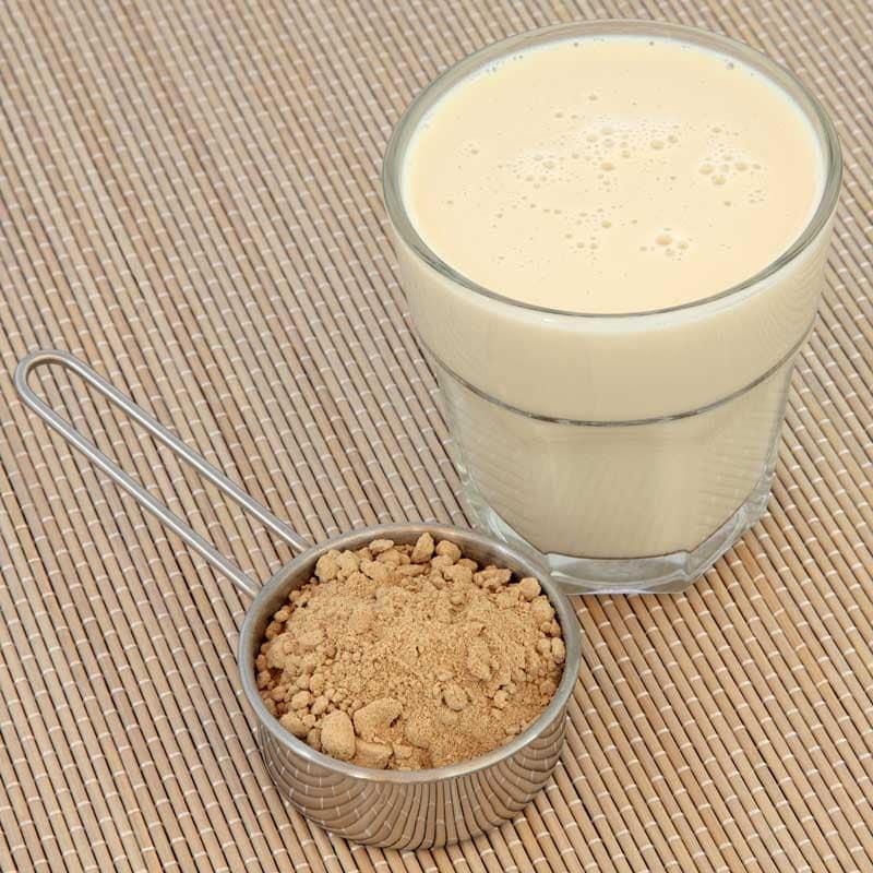 Maca powder in smoothie