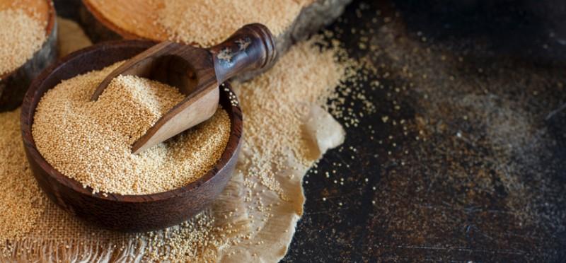 raw organic amaranth grain food