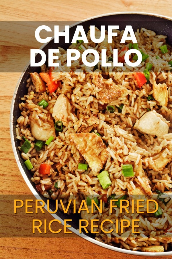 Chaufa de Pollo Recipe: Fried rice and chicken in a pan