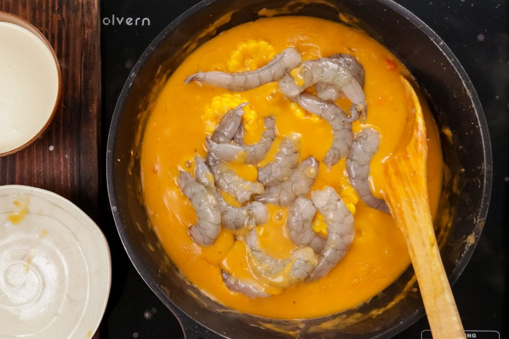 add shrimp and heavy cream