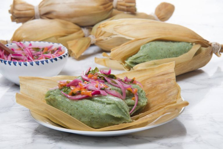 Photos of green tamales Peruvian tamalitos verdes