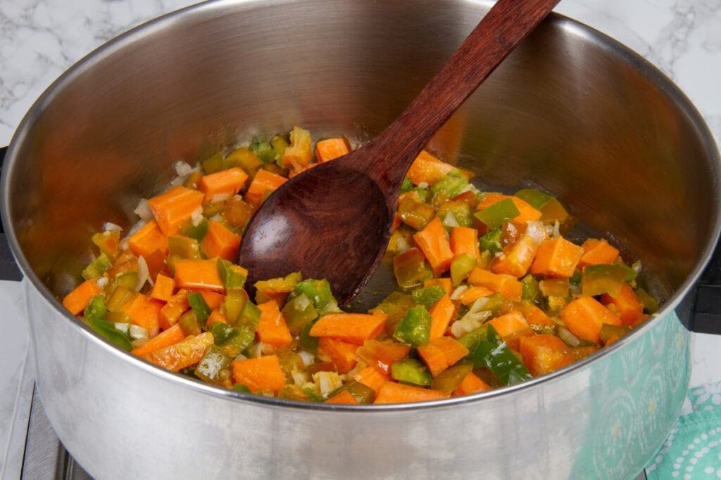 Step 5 Fry Carrot Pepper In Olive Oil
